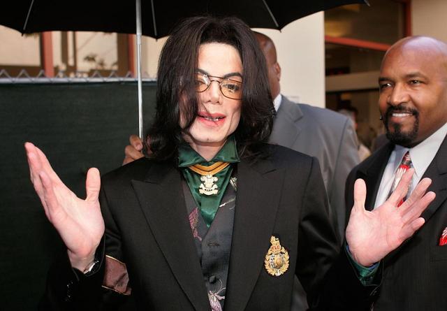 画像3: マイケルの疑惑をめぐる賛否両論の声