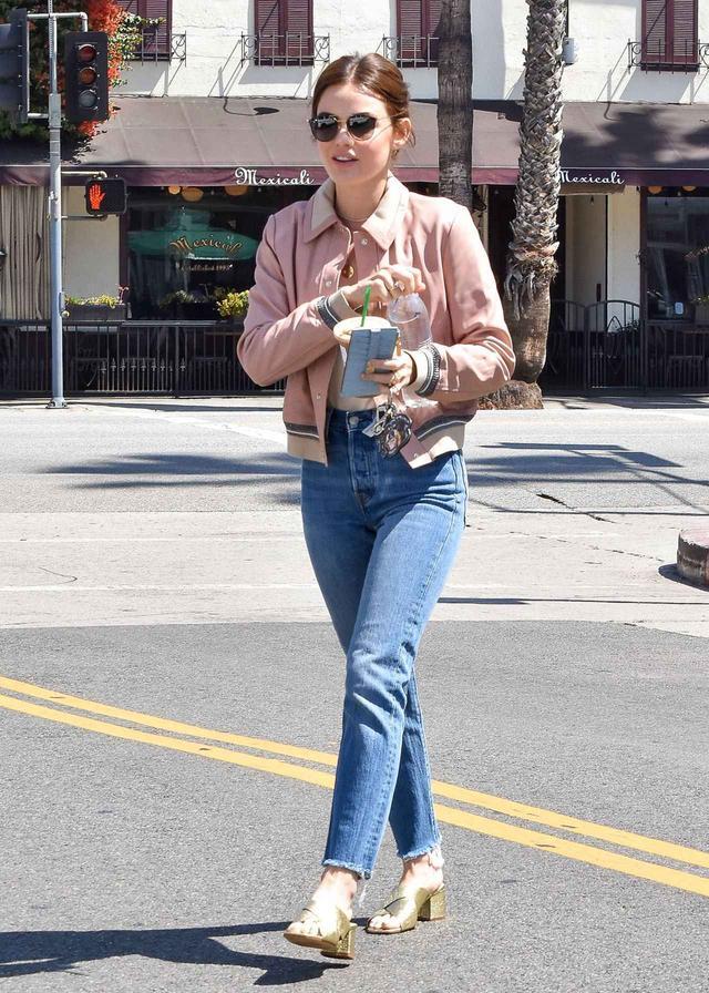 画像1: 女優のルーシー・ヘイル