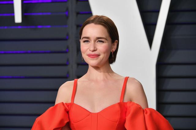 画像: 2019年のアカデミー賞授賞式に参加したエミリア。