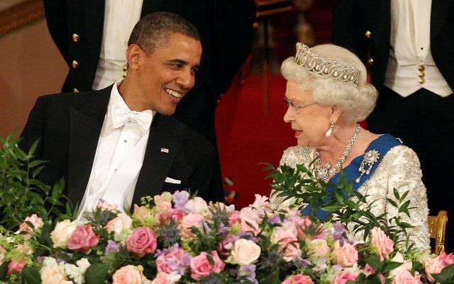 画像: エリザベス女王は「王室の掟」をどう思ってる?オバマ夫人が意外な証言