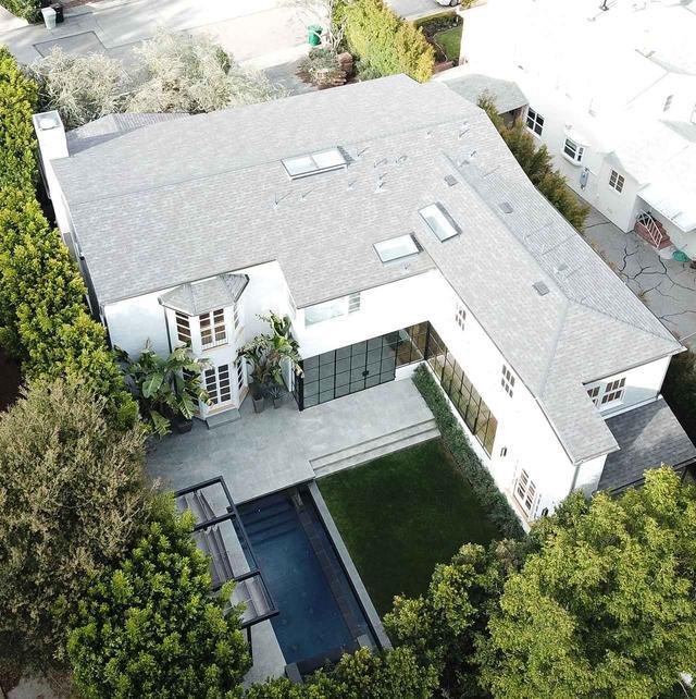 画像2: ジャスティン・ビーバーとヘイリー・ビーバーが新居を購入、愛の巣のお値段は?