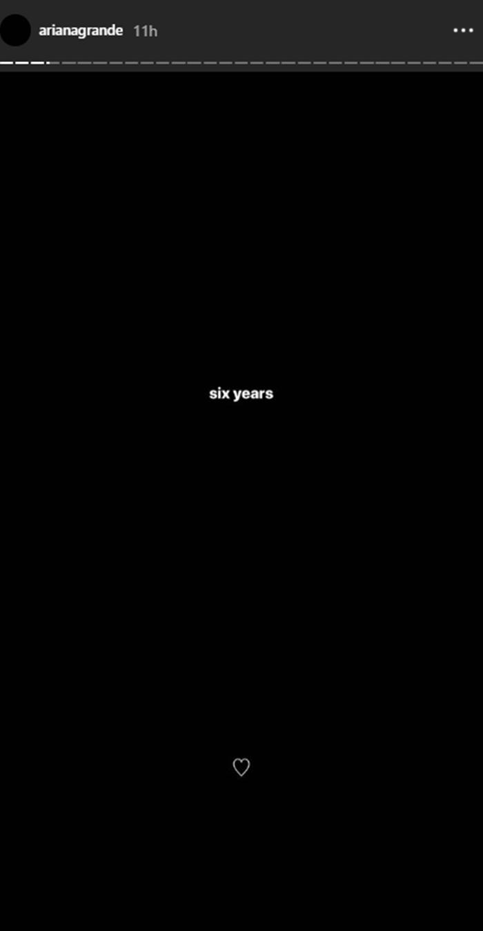 画像: アリアナ・グランデ、意味深な「6年」という投稿の真相とは?
