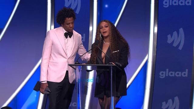 画像: Beyoncé and JAY-Z tell LGBTQ people everywhere they love them at the 30th Annual GLAAD Media Awards www.youtube.com