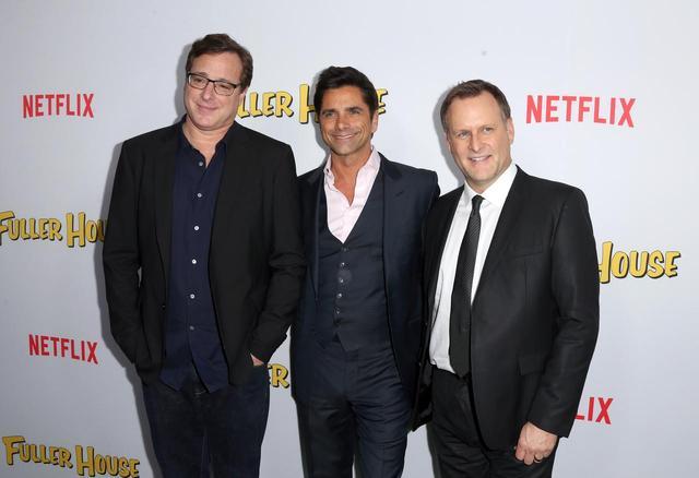画像: 左からボブ・サゲット、ジョン・ステイモス、デイブ・クーリエ。
