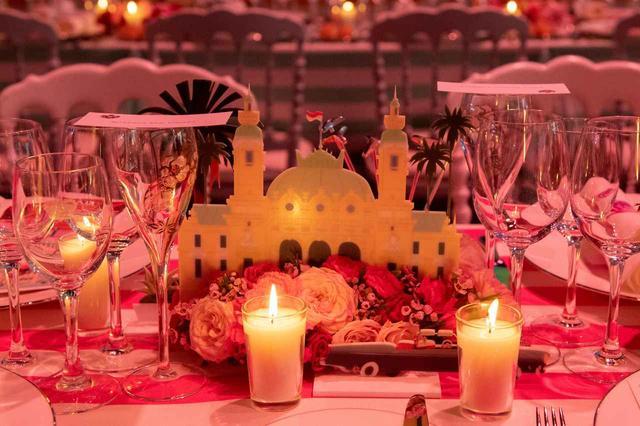 画像4: モナコ王室主催「ローズ・ボール」に本物のプリンセスやプリンスが大集合【内部写真】