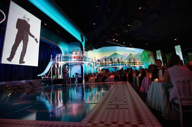 画像5: モナコ王室主催「ローズ・ボール」に本物のプリンセスやプリンスが大集合【内部写真】