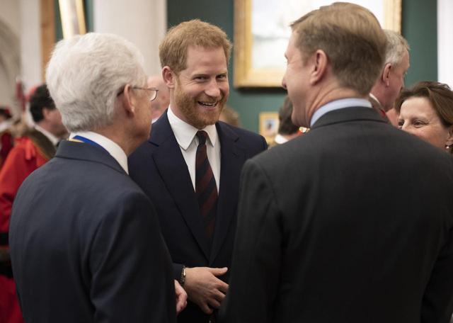 画像1: 交際遍歴も華やかなヘンリー王子