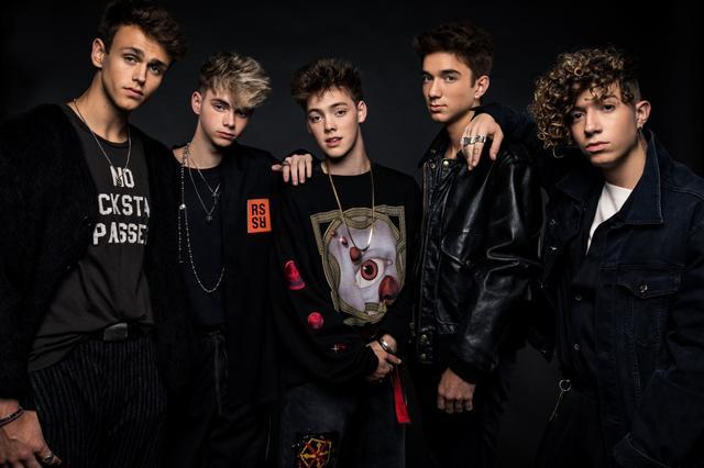 画像: 左から、ジョナ、コービン、ザック、ダニエル、ジャック