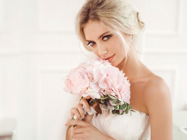 画像1: 写真にうつりまくる特別な日の前に知っておきたい!究極の花嫁メイクテク