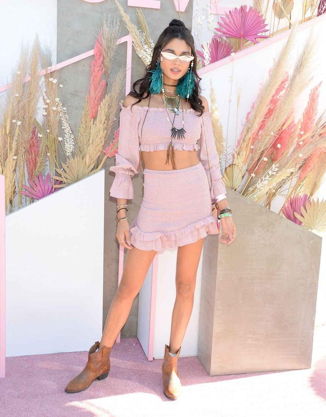 画像: モデルのダニエラ・ブラガ