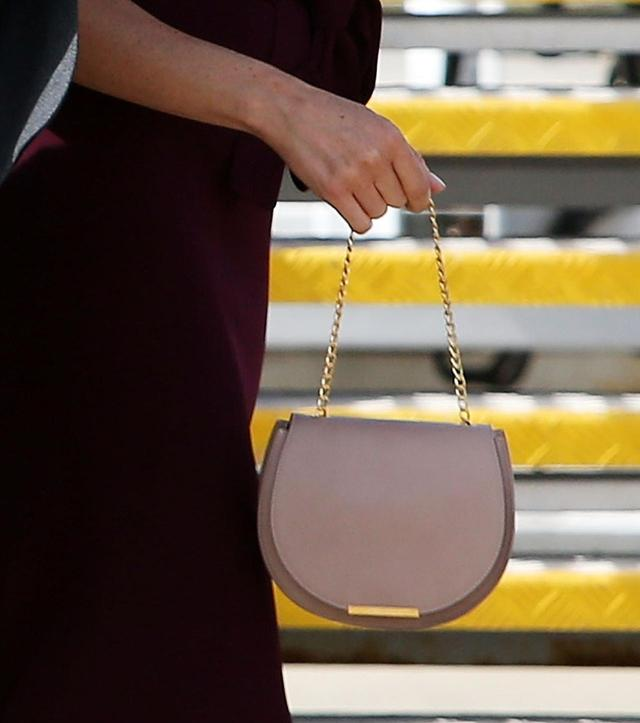画像2: メーガン妃び愛用で注目を浴びた、リーズナブルなCuyanaのバッグ