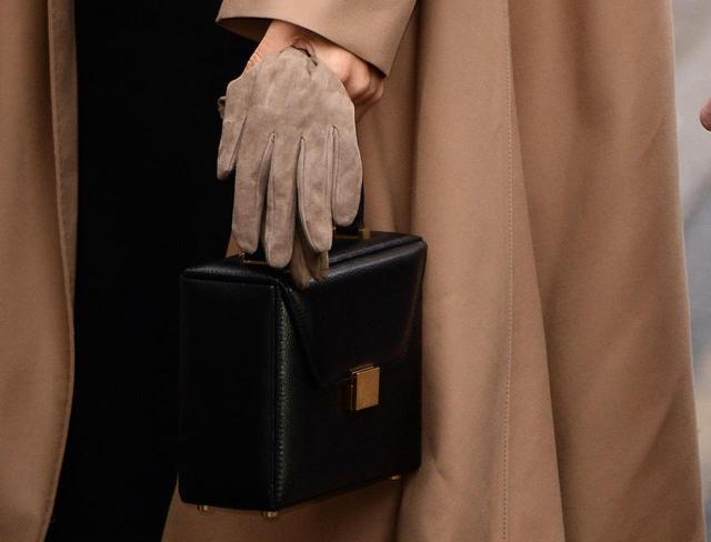 画像2: ヴィクトリア・ベッカムのバニティボックス・バッグ