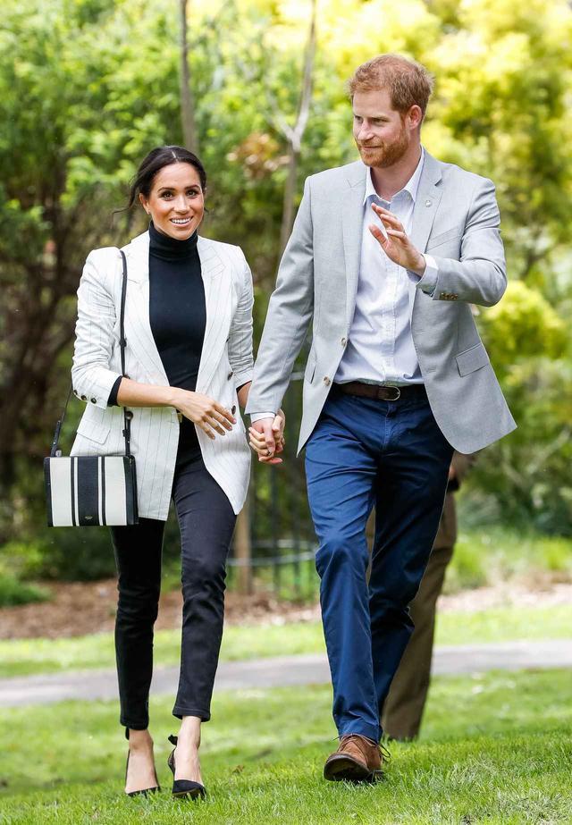 画像1: リーズナブルなバッグはメーガン妃愛用で即完売