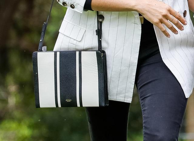 画像2: リーズナブルなバッグはメーガン妃愛用で即完売