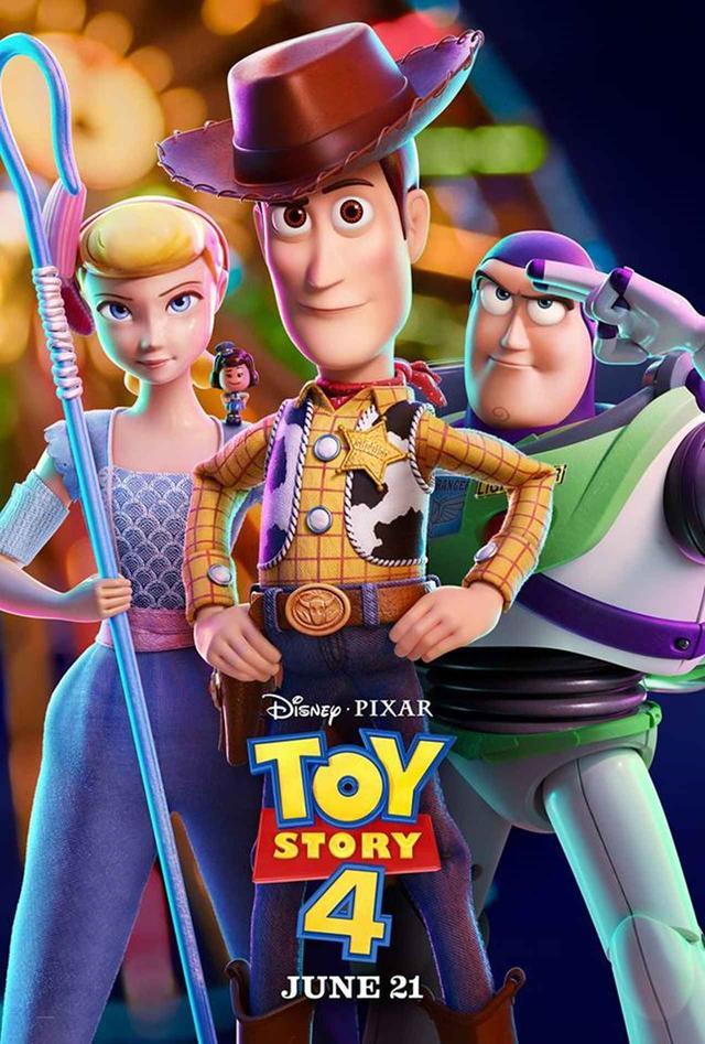 画像: (左から)ボー・ピープ、ウッディ、バズ。 www.facebook.com