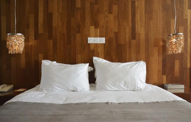 画像: 枕カバーを洗う頻度