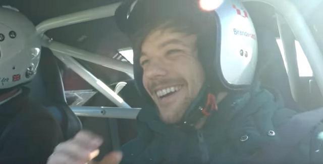 画像2: ヘリコプターを運転すること/レーシングカーを運転すること