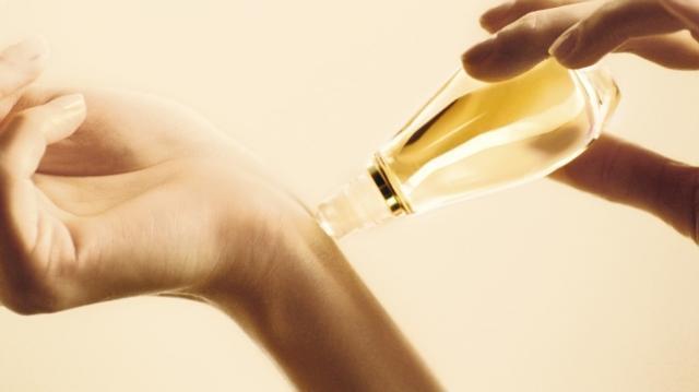 画像: ディオールの人気香水ジャドールからロール オン フレグランスが登場