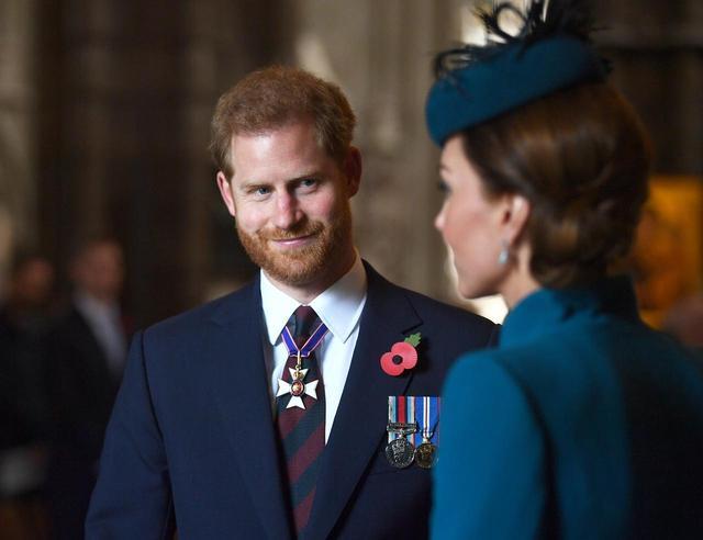 """画像3: ヘンリー王子がキャサリン妃の公務に""""サプライズ同伴"""""""