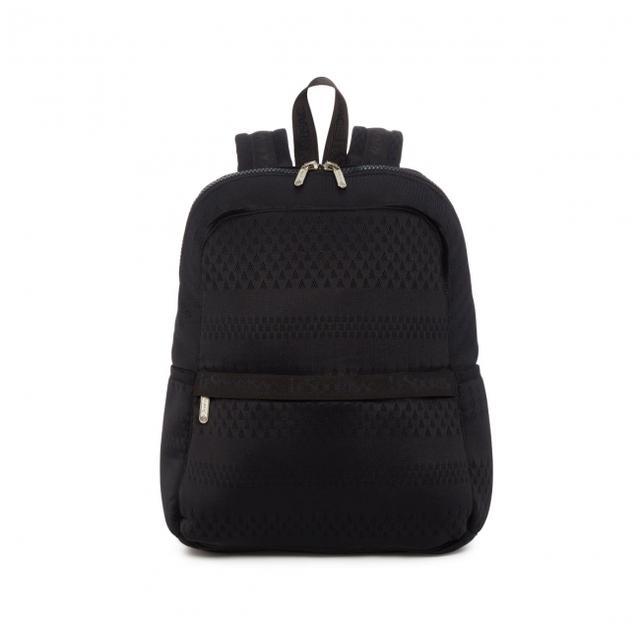 画像: カラー:メッシュアップ ブラック スタイル:フィンリー バックパック サイズ:H40×W32×D10cm 価格:¥21,500+税