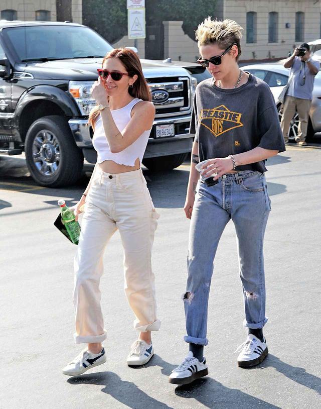 画像: 現在はファッションブロガーのサラ・ディンキンと交際中。