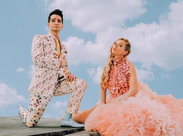 画像: パニック!アット・ザ・ディスコのブレンドン・ユーリーとコラボした新曲「ME!」より