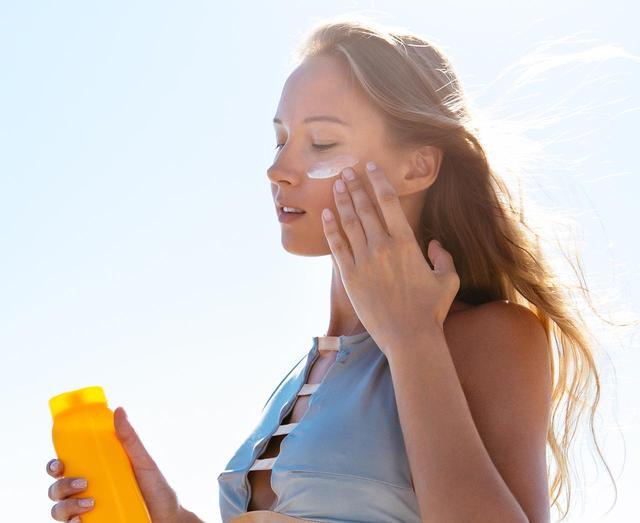 画像: 肌にやさしくても、国内最高基準のUVカット値!
