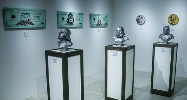 画像1: スターウォーズを題材に人間の欲望を表現した展覧会が銀座で開催