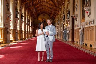 メーガン妃とヘンリー王子、ロイヤルベビーお披露目