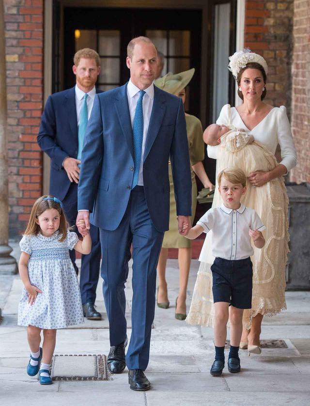 画像2: ウィリアム王子、後輩パパになったヘンリー王子を「睡眠不足の会」へ迎えいれる