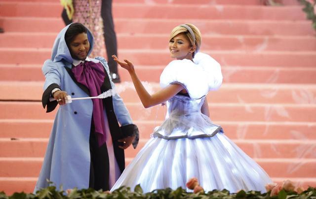 画像: ゼンデイヤ、『シンデレラ』ドレスを選んだ深いワケとは?【メットガラ2019】