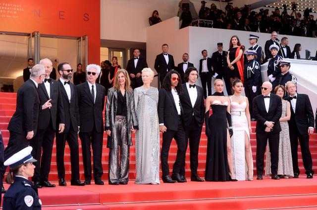 画像2: セレーナ・ゴメスがカンヌ映画祭に降臨!「攻めルック」で視線を独占