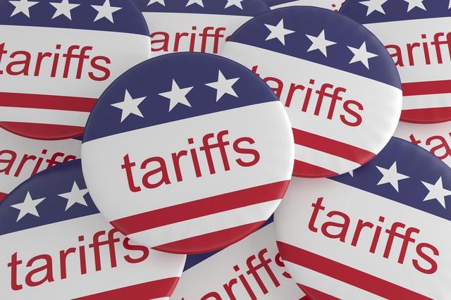 画像2: トランプ大統領、ヴィクトリアズ・シークレットの売り上げに圧をかける