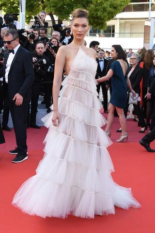 ベラ・ハディッド:Dior