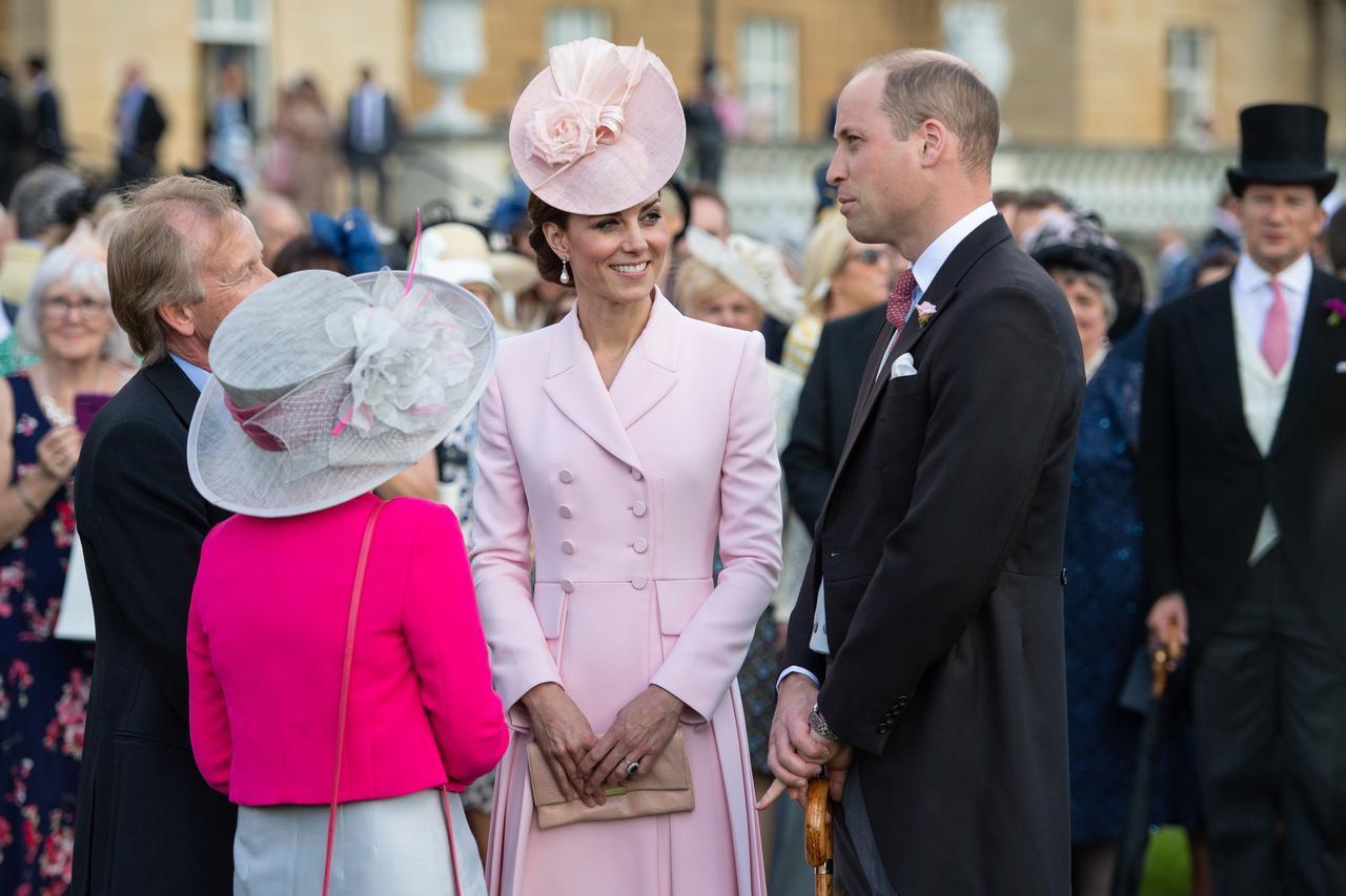 画像2: キャサリン妃とウィリアム王子の姿がまるで「あのディズニー映画」のワンシーン