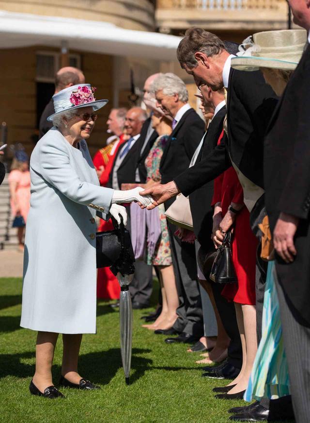 画像1: キャサリン妃とウィリアム王子の姿がまるで「あのディズニー映画」のワンシーン