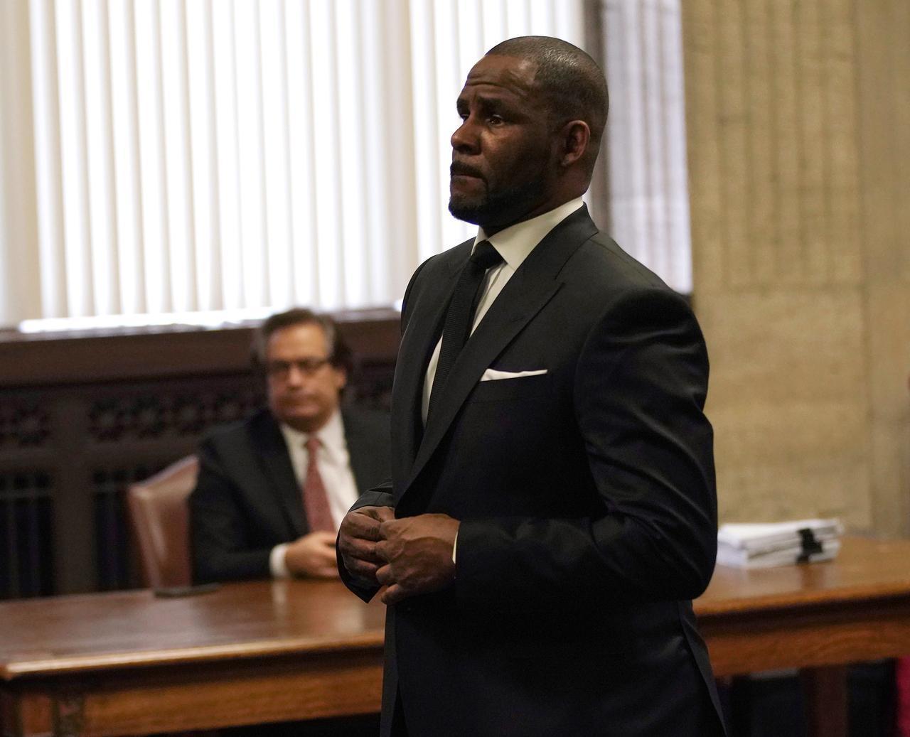 画像2: R.ケリーが「11件の性犯罪」で起訴される