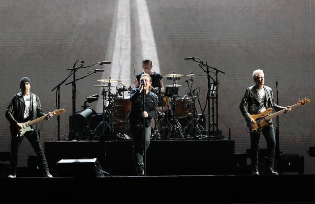 画像: U2が13年ぶりに来日公演