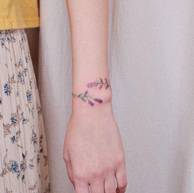 Images : 3番目の画像 - そのほか、「ブレスレット・タトゥー」のデザインをチェック!(アルバム) - フロントロウ -海外セレブ&海外カルチャー情報を発信