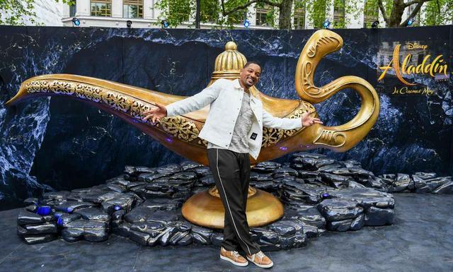 画像: 『アラジン』の世界を指先に!オシャレで気分が上がる「アラジン・ネイル」デザイン集