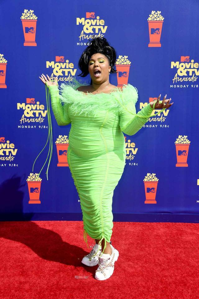 画像: 愛されラッパーのLizzo、「透明人間」になって登場【MTV Movie & TV Awards】