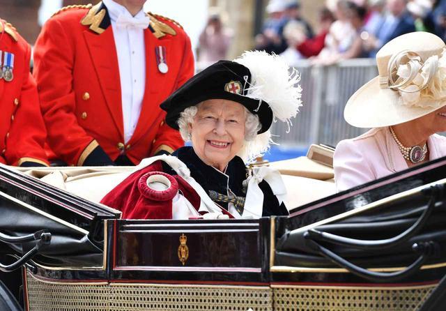 画像1: 王妃たちがイギリスに大集合