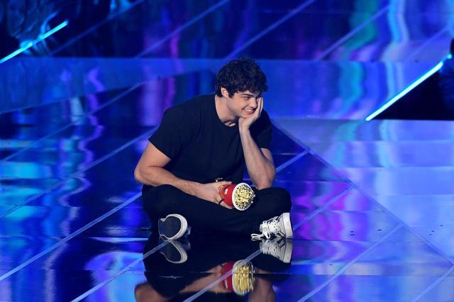 画像1: 『好きだった君へのラブレター』のイケメン俳優、感動的なスピーチを披露【MTV Movie & TV Awards】