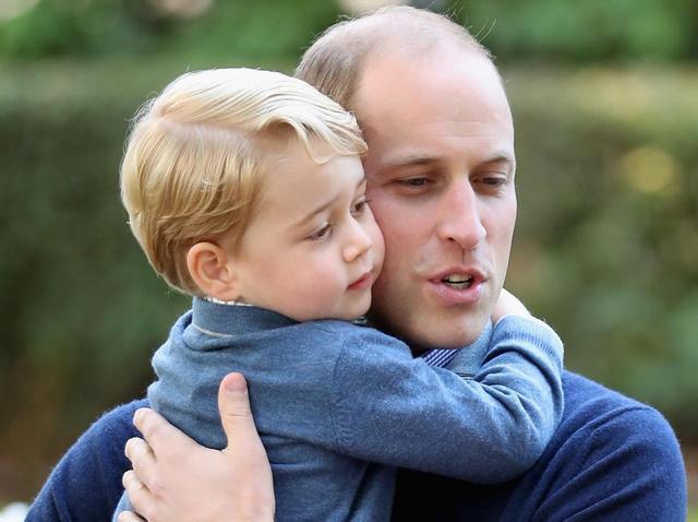 画像1: ジョージ王子の学校の先生、ウィリアム王子の親友と婚約