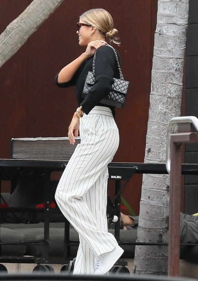 画像2: 人気モデルのソフィア・リッチ―