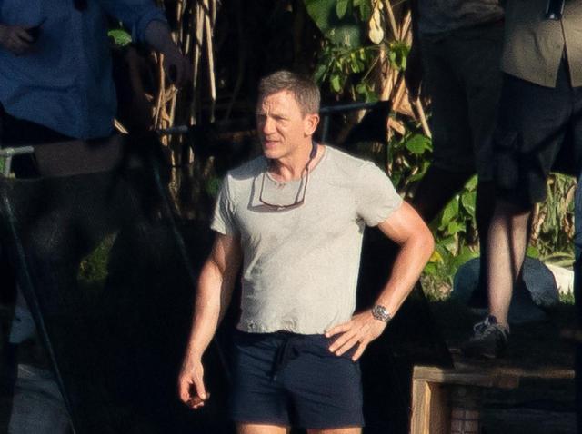 画像1: 『007』最新作のメイキング映像が公開、ジャマイカの熱気に包まれたキャストたちの姿にシビれる