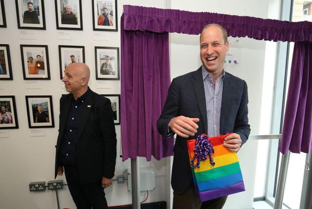 画像1: 「もし我が子に同性愛を打ち明けられたら?」ウィリアム王子の回答に注目