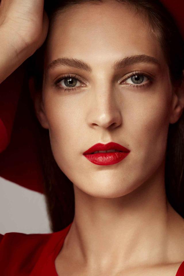 画像1: ローラ メルシエ、30色の色彩でさまざまな魅力を表現するリップが新発売