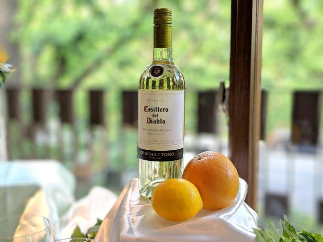 """画像2: メルシャン、白ワインで""""おしゃれで幸せな時間""""を楽しむプロジェクト"""