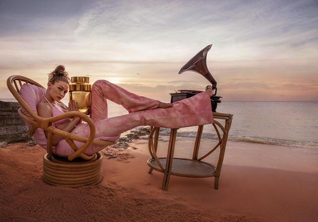 画像2: トップモデルのジジ・ハディッドが、キャンペーンに抜擢